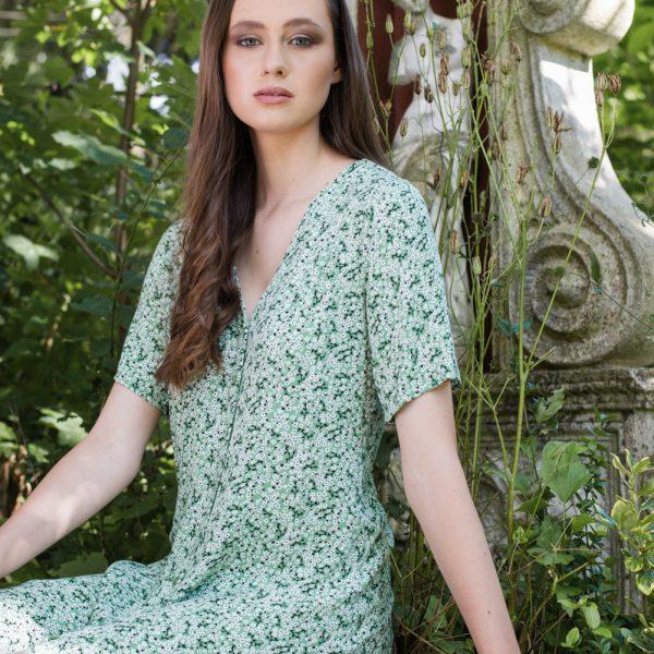 Floral Bliss for Flanelle Magazine | Fashion Photographer Vienna Austria